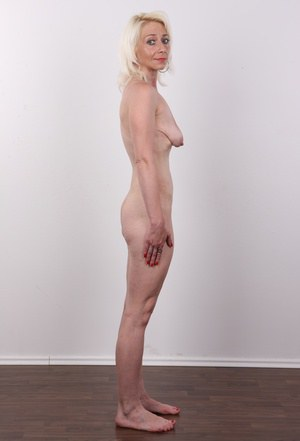 Naked saggy fanny — pic 10